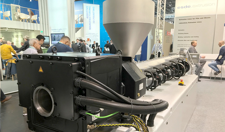 KNÖDLER extruder gearbox was displayed at 2019 K-SHOW